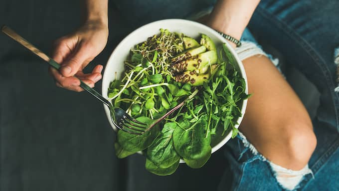 De som är veganer äter ju bara frön och gräs och allt vad det nu är, men skiter de fullständigt i kostcirkeln då? Foto: Colourbox