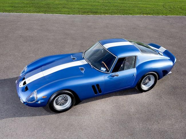 Ferrari 250 GTO, världens dyraste bil. Den senaste ägaren försökte till och med få ut en halv miljard för den, men det gick inte. Inte än i alla fall.