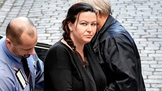 I augusti dömdes Johanna Möller i tingsrätten mot sitt nekande till livstids fängelse för mord på sin pappa Göran Möller, mordförsök på sin mamma och anstiftan till mord på sin make Aki Paasila. Foto: ALEX LJUNGDAHL