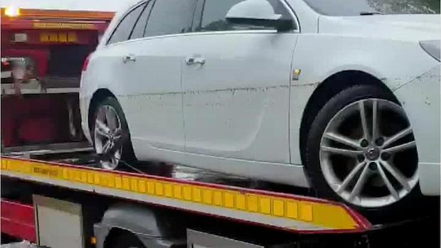 Sofias bil förstördes av massivt       regn