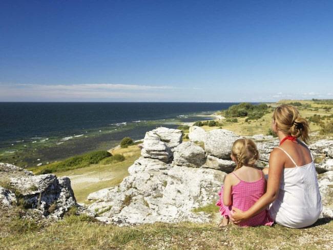 Sveriges största ö laddar för 100 000 fler turister i sommar.