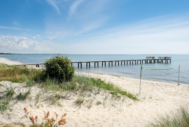 Den varma våren känns i luften och stranddagarna väntar runt hörnet.