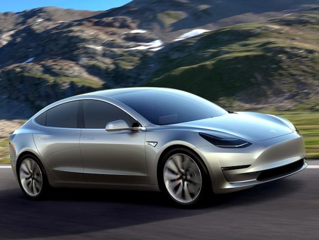 Tesla har problem med att få ut Model 3 i utlovad takt.