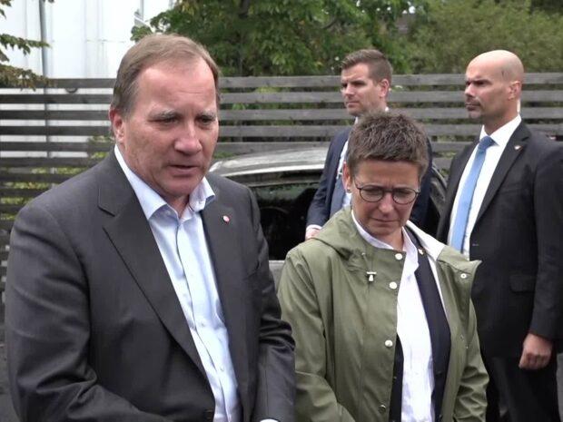 """Löfven om bilbränderna: """"Förbannade ligistfasoner"""""""