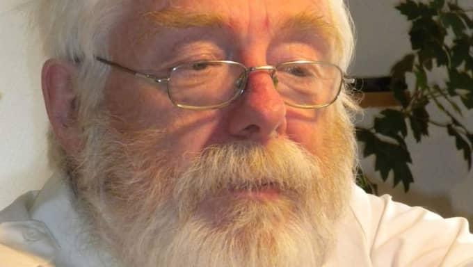 Nu tvingas Lars-Erik jobba vidare för att kunna betala av skulden – trots att han precis fyllt 70 år. Foto: Privat