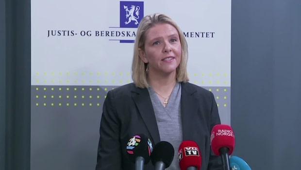 Sylvi Listhaug avgår som norsk justitieminister