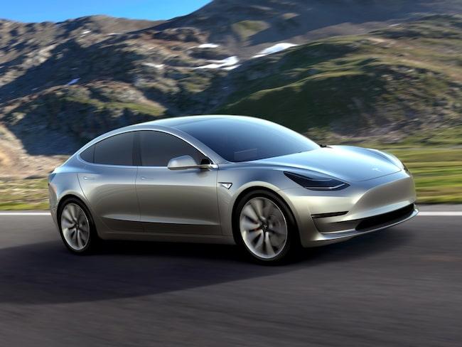 I slutet av andra kvartalet ska Tesla producera 5 000 fordon i veckan.
