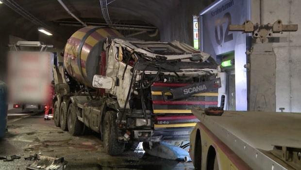 """Dramatisk bärgning av betongbil i """"Vägens hjältar"""""""