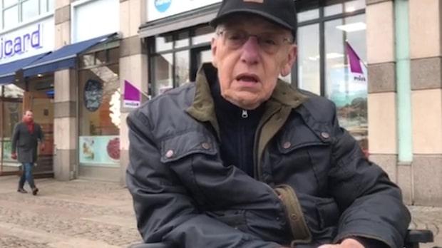 Christer, 72, övergavs i kylan av färdtjänsten