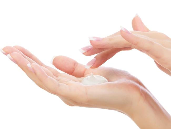Fixa mjuka händer med en härlig handkräm.