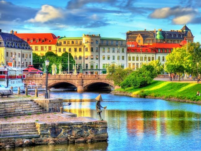 Göteborg hyllas för krogar och de kullerstensbelagda Hagakvarteren från 1700-talet.