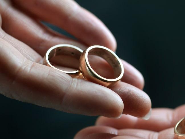 Skilsmässor ökade under 2017 från de två föregående åren.