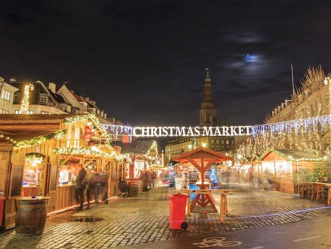 Julmarknaden på Højbro Plads är också populär.