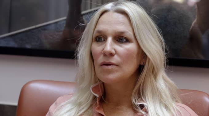 Ann Söderlund peppar ensamstående föräldrar med uppmuntrande ord. Foto: Cornelia Nordström