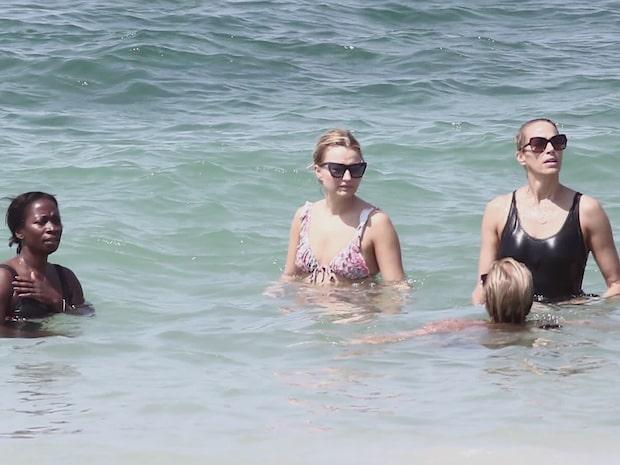 Se kändisarnas strandfest i Tel Aviv