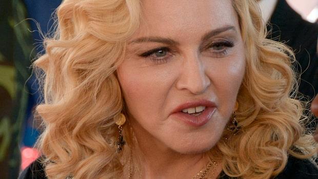 Bilden på Madonnas barn – som får fansen att rasa