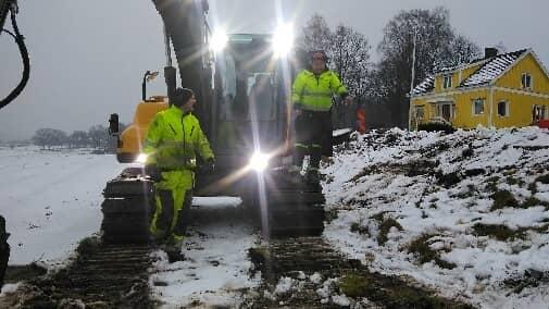 Företaget arbetar bland annat med att gräva ner fiber. Foto: Privat