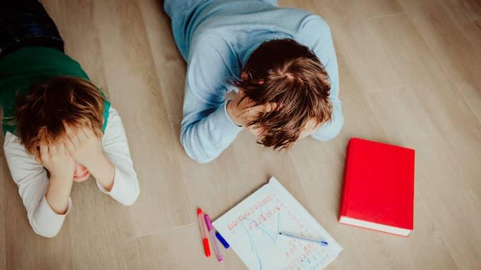 Att ta bort kraven i skolan är helt fel väg att gå – det kommer att öka elevernas stressnivå, skriver Isak Skogstad. Foto: SHUTTERSTOCK