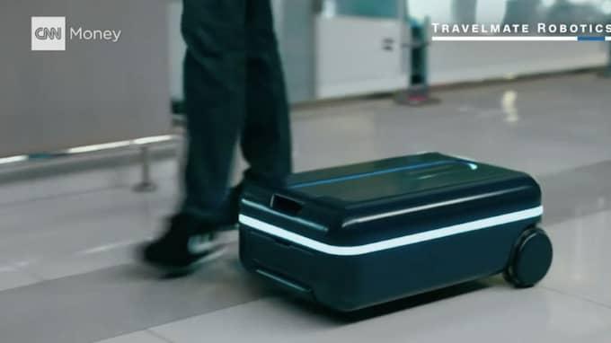 Den nya väskan ska följa ägaren som en hund. Foto: Skärmdump/CNN