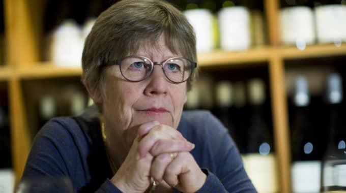 Att ifrågasätta så kallade sanningar är något av Agnes Wolds paradgren, skriver Sakine Madon. Foto: Robin Aron