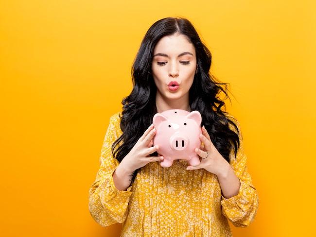Vem vill inte ha extrapengar över och ett fett sparkonto på banken? Men svårt i dag när det är nollränta och man kanske inte ens får pengar över...