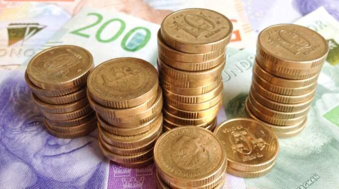 Stefan Ingves tror inte att kontanter kommer att försvinna inom överskådlig tid. Foto: Henrik Isaksson/Ibl-Aop / /IBL