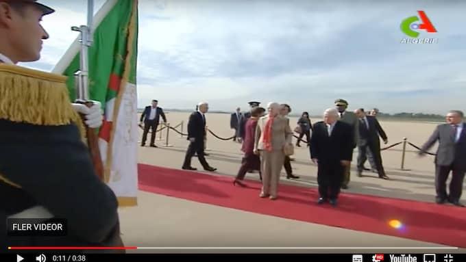 Margrethe gick på röda mattan tillsammans med sina värdar. Foto: Canal Algérie
