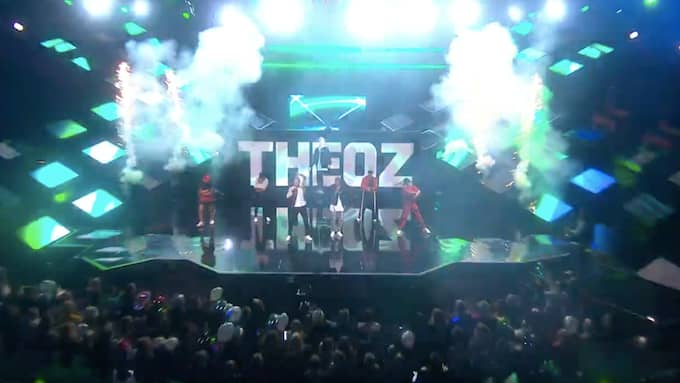 Theoz logga visades upp för tre miljoner tittare som såg Melodifestivalen. Foto: SVT Play.