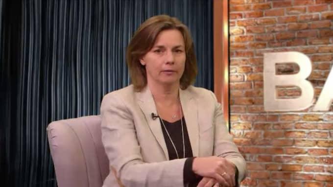 """""""Det är beklagligt att de här partierna än så länge stängt dörren för att ens diskutera"""", säger Isabella Lövin om Jan Björklund och Annie Lööf."""