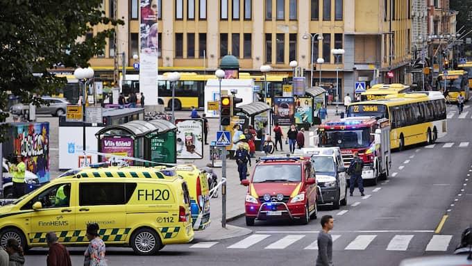 Minst två personer höggs ihjäl i centrala Åbo på fredagen. Foto: ARI MATTI RUUSKA/TURUN SANOMAT / EP / EPA TT NYHETSBYRÅN