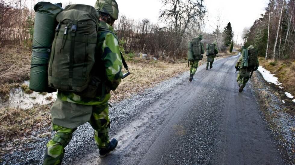 På marsch. En GMU-pluton genomför skyddsvaktsutbildning. Foto: ANNA NORÉN/COMBAT CAMERA/FÖRSVARSMAKTEN