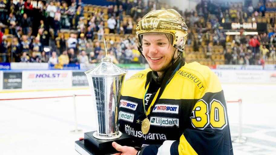 Guldhjälten Söderström återvänder till HV 71