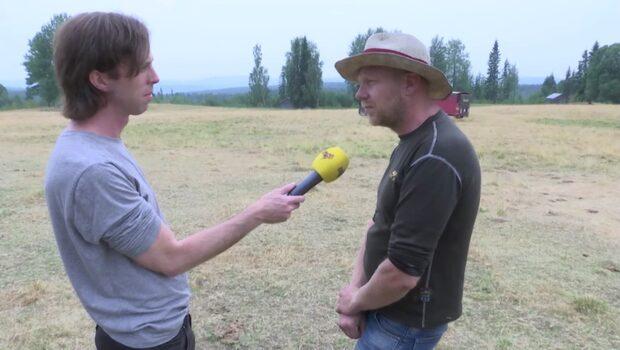 Bonden Anders arrenderar mark nära branden: De har lite att jobba på