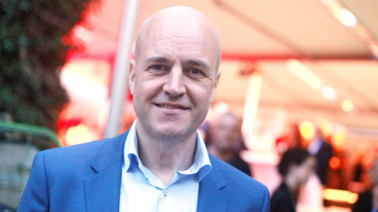Reinfeldt till akuten efter