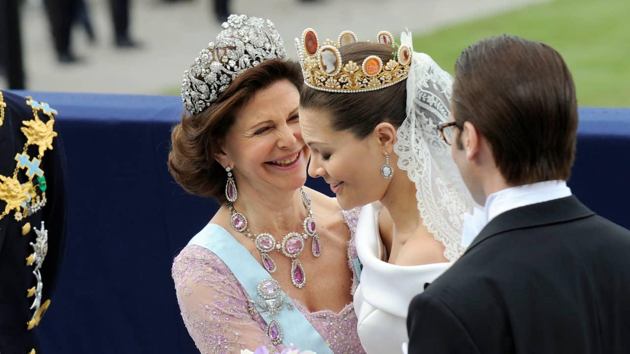 Historien och pengarna bakom kungliga juvelerna