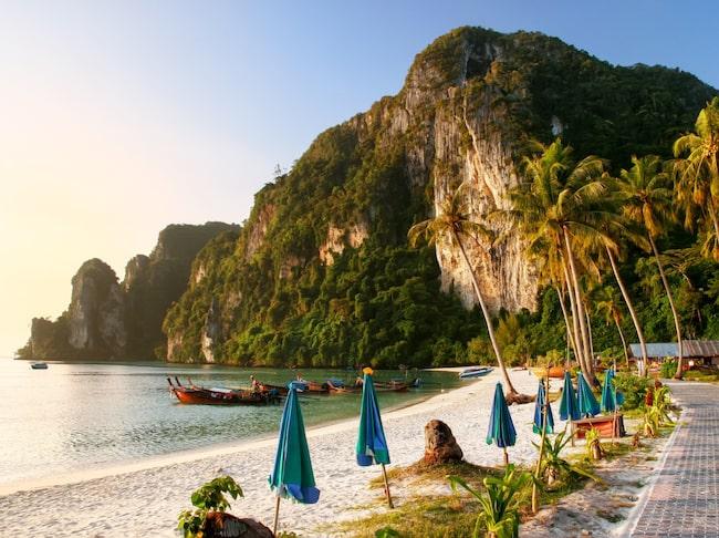 Ton Sai Beach.