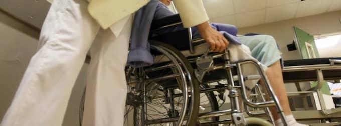 BEHöVER SKYDDAS. Läkare och sköterskor ska sätta patienter före företag, därför är det viktigt med meddelar-frihet i exempelvis vården. Då kan de inte straffas senare av ledningen. Foto: COLOURBOX Foto: Boutria Luc
