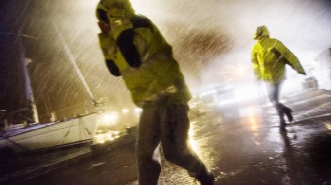 """Enligt Johan Groth finns risk för """"horisontalt regn"""". Foto: Robin Aron"""