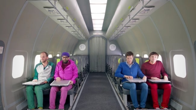Amerikanska indiepopbandet Ok Go har en ny musikvideo som är något utöver det vanliga.