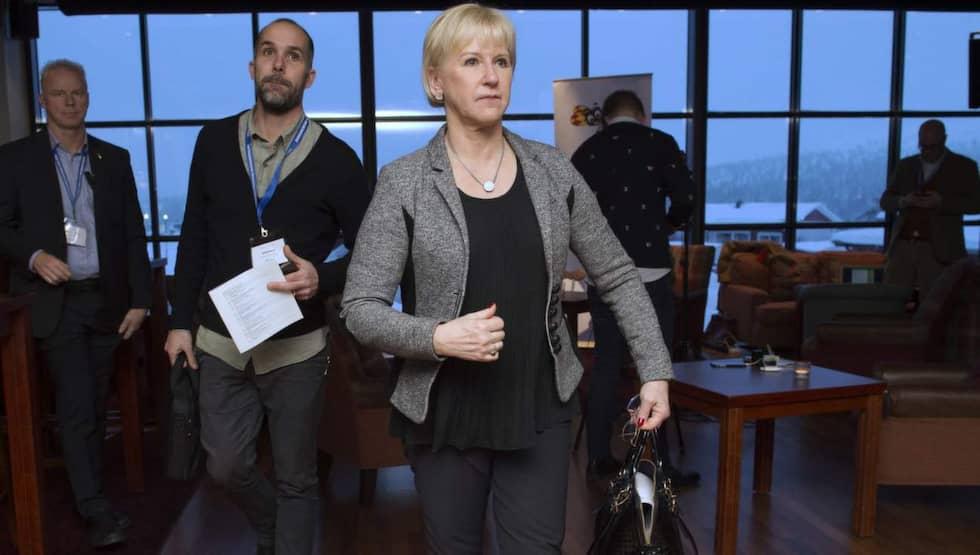 """Utrikesminister Margot Wallström kom i går med beskedet att Socialdemokraterna är positiva till en utredning om Nato-medlemskap. """"Man måste kunna diskutera allting"""", säger hon. Foto: Sven Lindwall"""