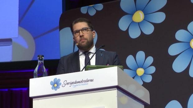 Socialdemokraterna rasar – SD näst största parti