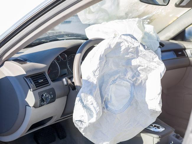Krockkudden är numera standard i alla bilar – men fungerade alltså inte i vissa Kia-bilar i USA.