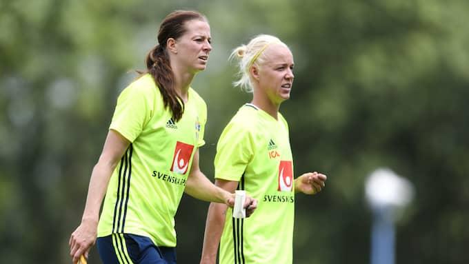 Lotta Schelin och Caroline Seger, två av nyckelspelarna i det svenska landslaget. Foto: CARL SANDIN / BILDBYRÅN