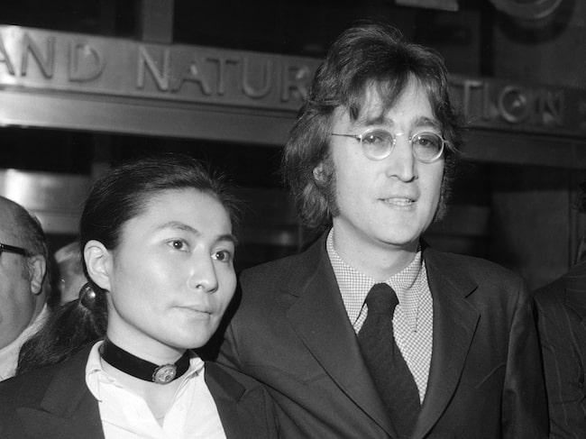 John Lennon och Yoko Ono i New York 1972. Paret träffades när John fortfarande var gift med Cynthia Powell.