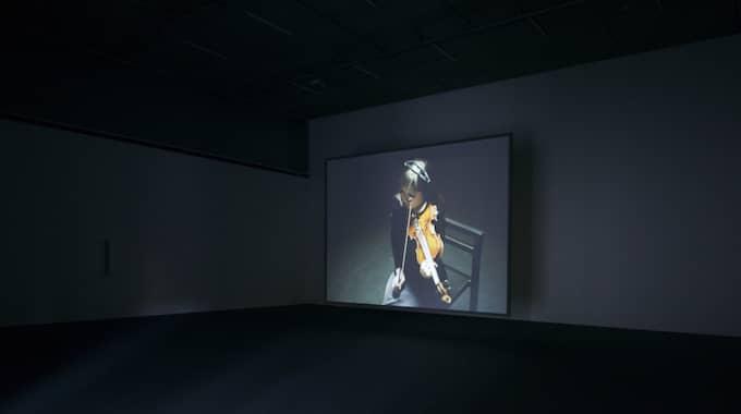 """Utställningen """"Lost in space"""" bjuder på drabbande ödslighet. Foto: Petter Cohen"""