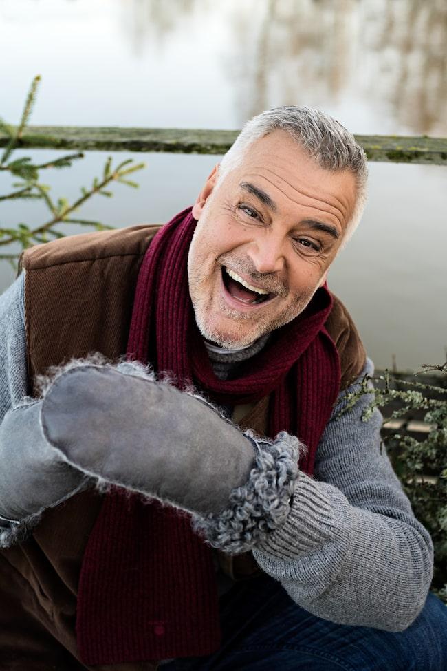 """Ikväll dyker Ernst Kirchsteiger upp i rutan igen, i populära """"Ernsts jul"""" på TV4."""