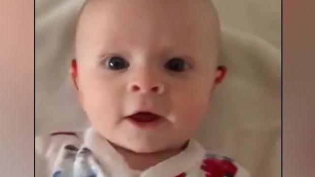 Bebisens underbara reaktion – hör sin mammas röst för första gången