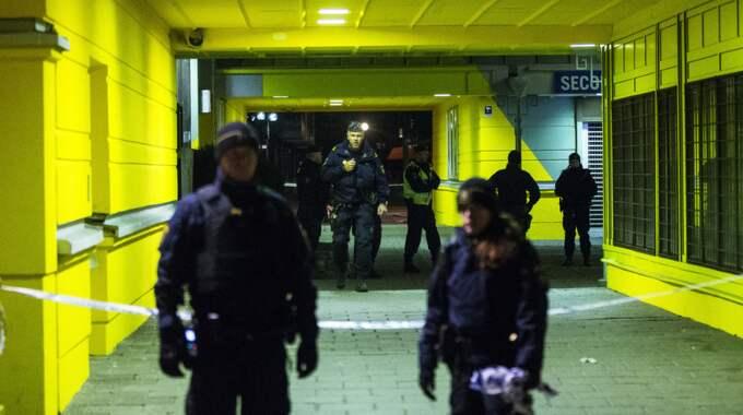 Två personer sköts ihjäl inne på Vår krog på Vårväderstorget i Göteborg i mars 2015. Sedan det året har Sverige haft flest dödsskjutningar i Norden, enligt SvD. Foto: Anders Ylander
