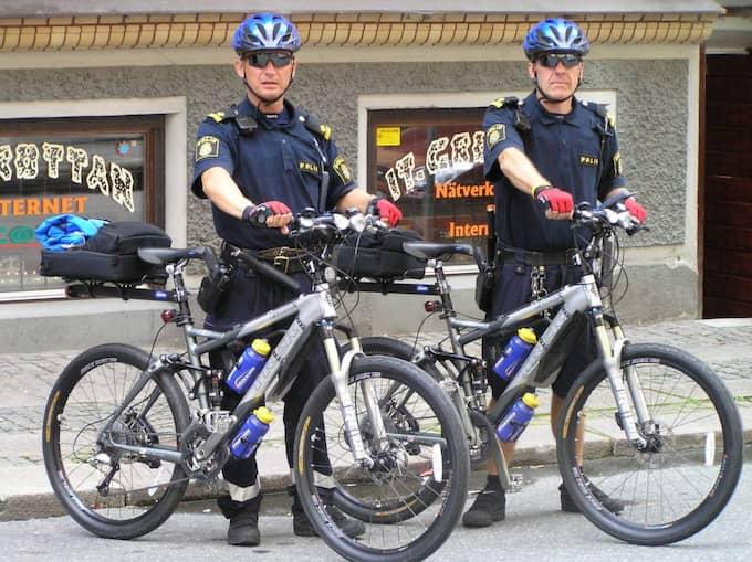 Fler cykelpoliser. Jörgen Lundälv, docent på Göteborgs universitet, tror att vi kan få se fler poliscykelpatruller på gatorna. Foto: Thomas Åsenlöf