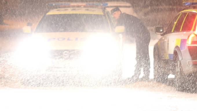 En explosion har skett i en bil norr om Stockholm. Foto: Janne Åkesson SWEPIX